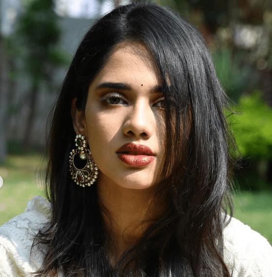 Tanvi Akaanksha Image