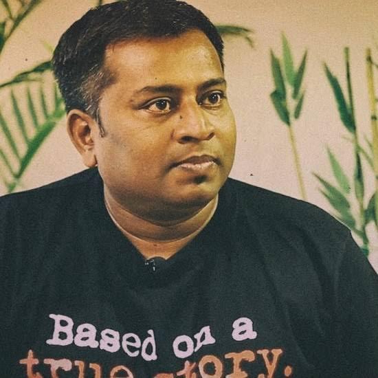 KL Praveen Image