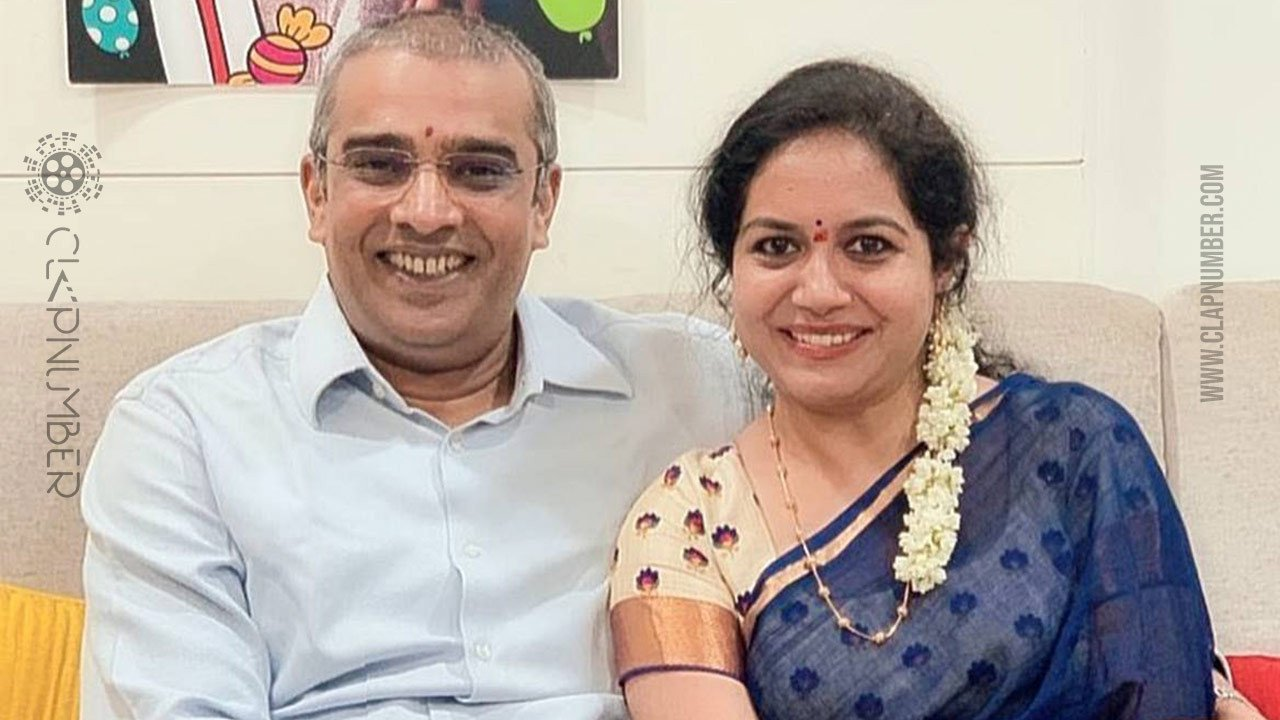 singer-sunitha-silences-all-with-her-engagement-image