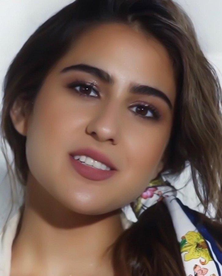 Sara Ali Khan image