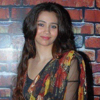 Zara Khan image