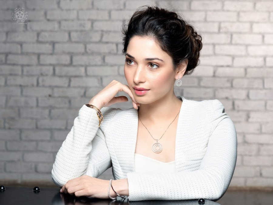 tamannaah-bhatia-in-the-biopic-of-a-legendary-actress-image