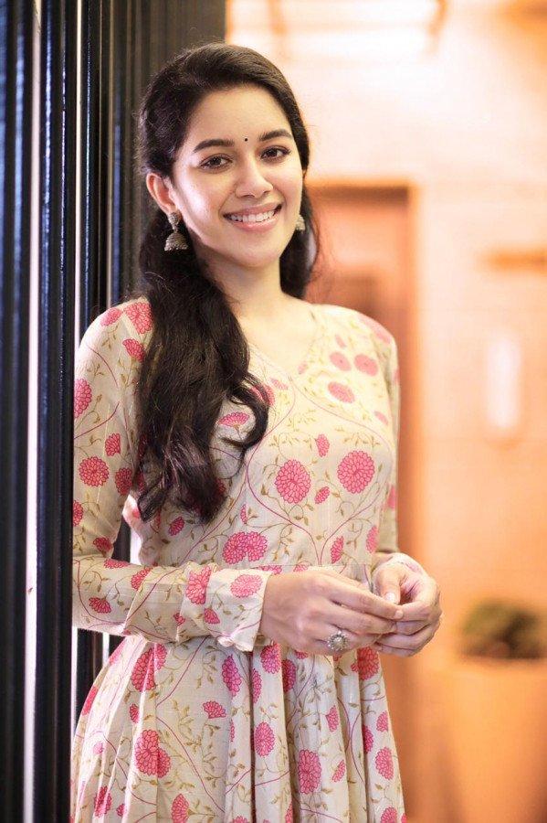 Mirnalini Ravi image