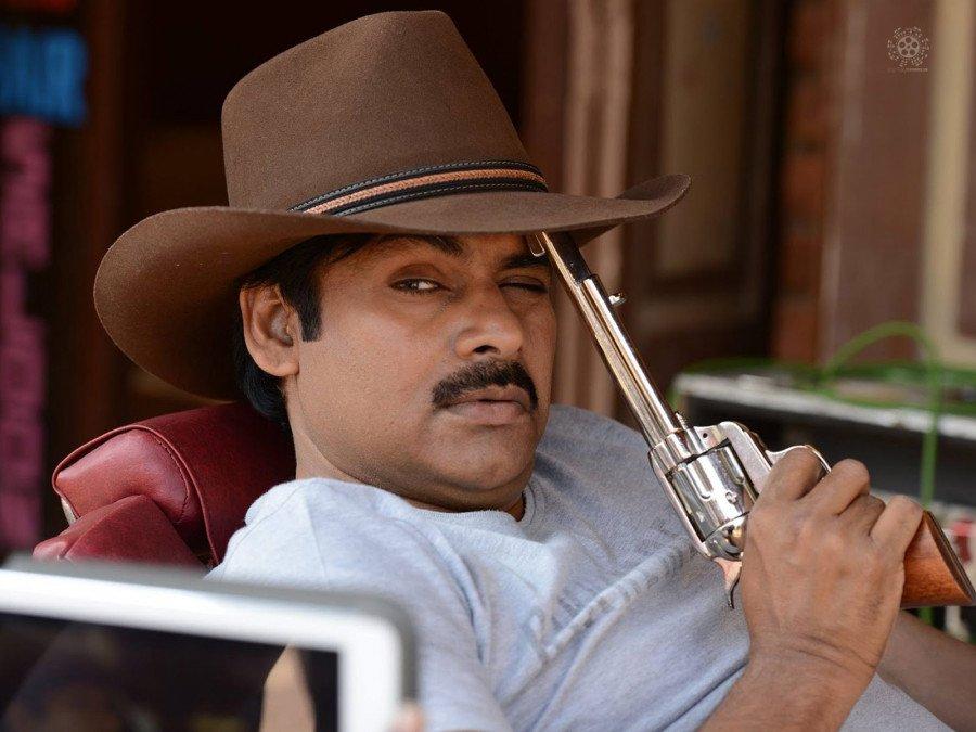 mahesh-babus-director-in-talks-with-pawan-kalyan-image