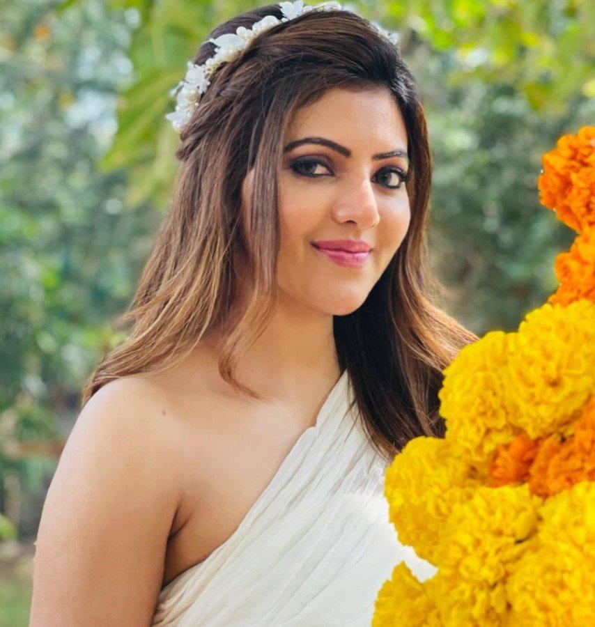 Athulya Ravi image