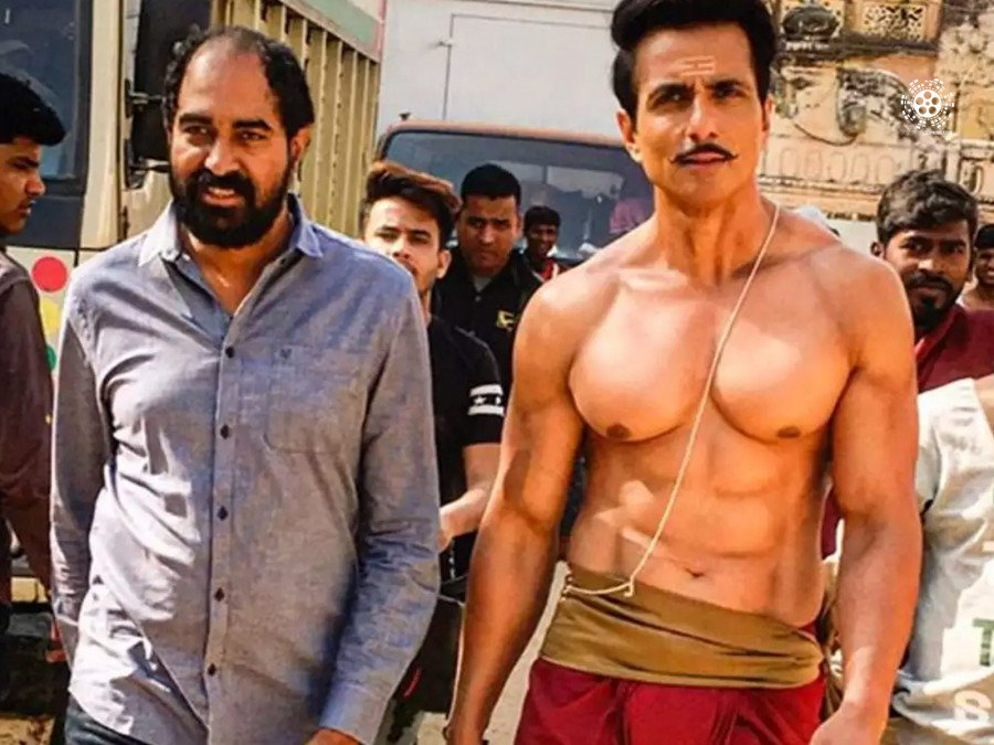 director-krish-bags-in-sonu-sood-for-a-protagonist-role-image